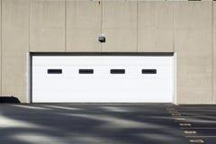 Garagem moderna imagens de stock