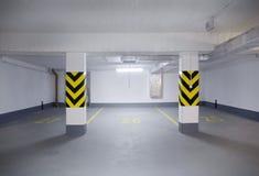 Garagem nova vazia Imagens de Stock Royalty Free