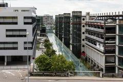 Garages à l'aéroport de Stuttgart Photographie stock libre de droits