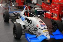 Garaje del coche de carreras Fotos de archivo libres de regalías