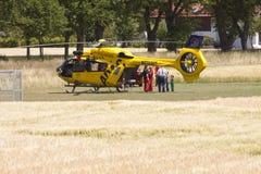 Garching-Notlandung eines ADAC-Hubschraubers mit Lizenzfreie Stockfotografie