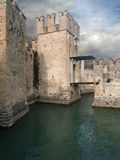 Garda Lake; the castle of Sirmione Stock Photography