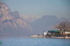 gardaitaly lake Arkivfoto