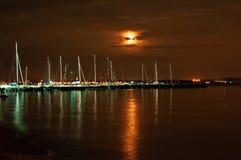 Gardaland 's nachts, Meer Garda, Italië de nacht bij de pijler van Pacengo, Meer Garda, Verona, Italië stock fotografie