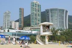 Garde de vie en service à la plage de ville de Stanley en Hong Kong, Chine Photos stock