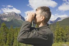 Garde forestier de stationnement dans les Rocheuses, Canada Image stock