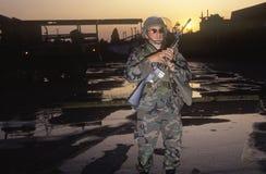 Garde national patrouillant après 1992 des émeutes, Los Angeles centrale du sud, la Californie Images libres de droits