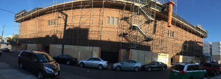 Garde nationale historique Armory du ` s de San Francisco et arsenal, côté est photos stock
