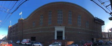 Garde nationale historique Armory du ` s de San Francisco et arsenal, côté est images libres de droits