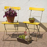 Garden_chair_yellow image libre de droits