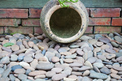 Garden earthen jar Royalty Free Stock Photos