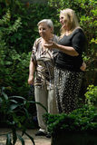 garden mom showing Στοκ Εικόνες