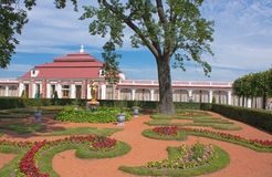 Garden of Peterhof Royalty Free Stock Photos