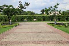 Garden stone path in park Royalty Free Stock Photos