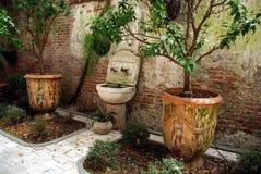 Garden_urns Royaltyfri Foto