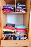 Garderob - garderob, kläder Royaltyfria Foton