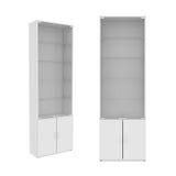 Garderobe op Witte Achtergrond, het 3D teruggeven wordt geïsoleerd die Stock Foto's