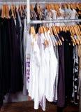 Garderobenschaukasten Stockfotografie