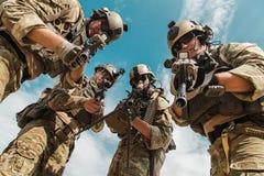 Gardes forestières de l'armée américaine avec des armes Images libres de droits