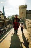 Gardien et fils de Yeoman Photographie stock