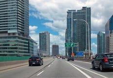 Gardiner高速公路多伦多安大略加拿大 图库摄影