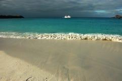 gardner galapagos круиза шлюпки залива touristic Стоковое Изображение RF