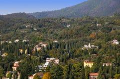 Gardone la Riviera sur le policier Italie de lac Images stock