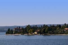Gardone Riviera sulla polizia Italia del lago Immagine Stock Libera da Diritti