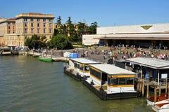 Gare de Ferrovia à Venise Photos libres de droits