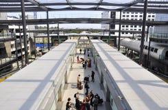 Gare de navette à l'aéroport de Gatwick Photographie stock libre de droits