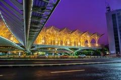 Gare du Oriente Orient驻地公共交通工具由建筑师圣地牙哥・卡拉特拉瓦设计了 库存图片
