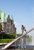 Gare du Palais Hydro Quebec springbrunn Fotografering för Bildbyråer