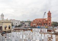 Gare ferroviaire centrale, Chennai, Inde, le 25 août 2017 : Vue large de la zone de manoeuvre de train de métro en construction v Image stock