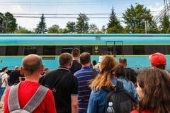 Gare ferroviaire dans les Carpathiens Image stock