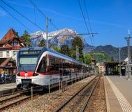 Gare ferroviaire dans Stans, Suisse Photographie stock
