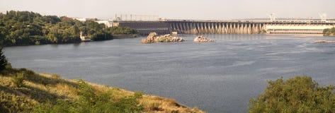 Gare hydro-électrique de Dnieper dans Zaporizhia Photographie stock