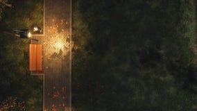 Garez le passage couvert avec des bancs à la vue supérieure de nuit d'automne illustration stock