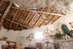 Garfagnana, cumes de Apuan, Lucca, Toscânia Italy 08/28/2016 Eremitério de San Viviano imagem de stock