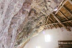 Garfagnana, monta?as de Apuan, Lucca, Toscana Italia 08/28//2016 Ermita de San Viviano fotografía de archivo