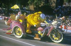 Garfield Float i Rose Bowl Parade, Pasadena, Kalifornien arkivfoton