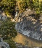 Garganta com a torrente do blanche do La do rio Fotografia de Stock