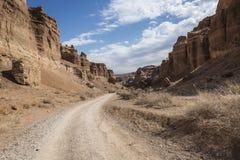 Garganta de Charyn e o vale dos castelos, parque nacional, Kazakhst Fotos de Stock Royalty Free