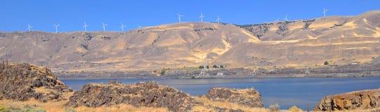 Garganta de Columbia - generadores de viento - panorama Fotos de archivo