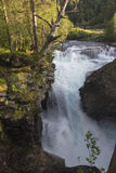 Garganta de Gudbrandsjuvet da cachoeira em Valldal, Noruega Imagens de Stock