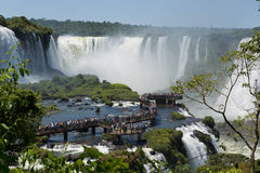 Garganta del diablo på Iguazuet Falls Arkivfoton