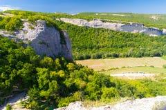 Garganta nas montanhas de Crimeia Fotos de Stock Royalty Free