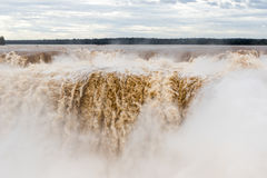 Garganta robi diabo przy iguazu spadków veiw od Argentina fotografia stock