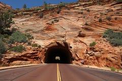 Garganta vermelha em Dixie National Forest Utah EUA imagens de stock