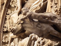 Gargoil con l'angelo Fotografia Stock Libera da Diritti