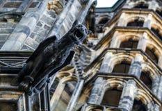 Gargouilles op de Kathedraal van St Vitus in Praag Stock Foto's